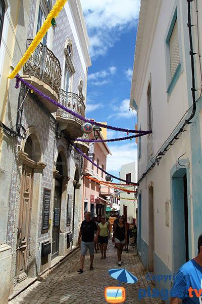 Petite rue étroite de Ferragudo