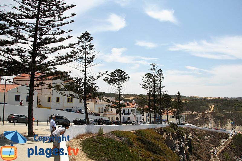 Corniche de Zambujeira do Mar au Portugal