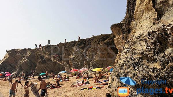 Falaises autour de la plage de Buizinhos au Portugal - Porto-Covo