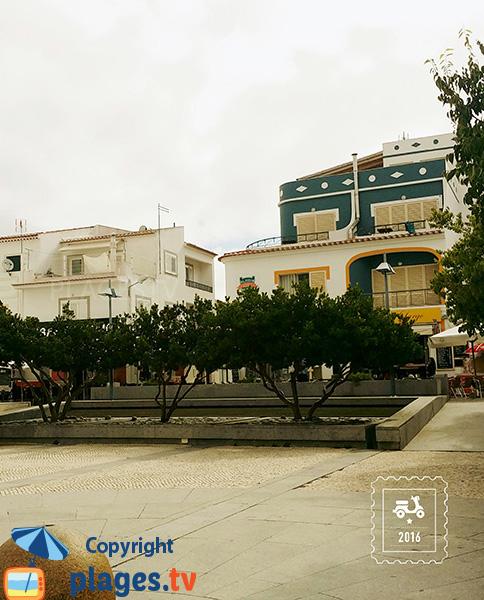 Place centrale à Aljezur