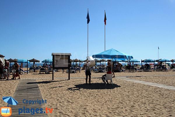 Accès sur le sable de la plage Alemaes à Albufeira - Portugal