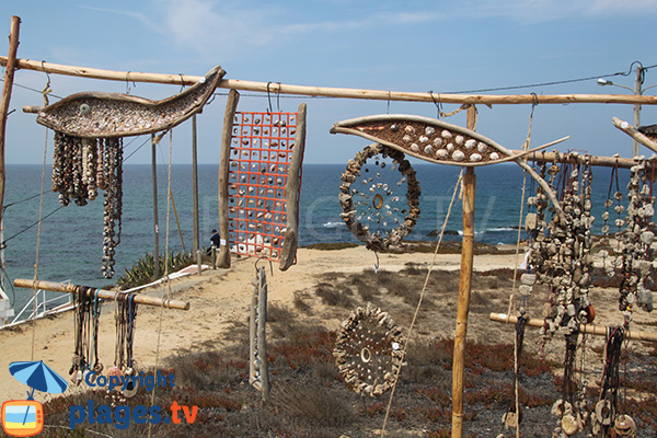 Artisan sur la plage d'Almograve Norte