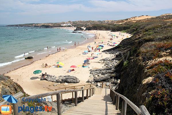 Photo de la plage d'Almograve Sul au Portugal