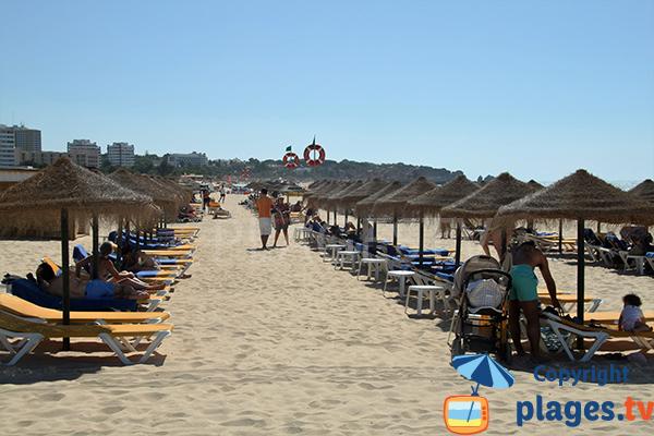 Plage privée sur la plage Alvor à Portimao