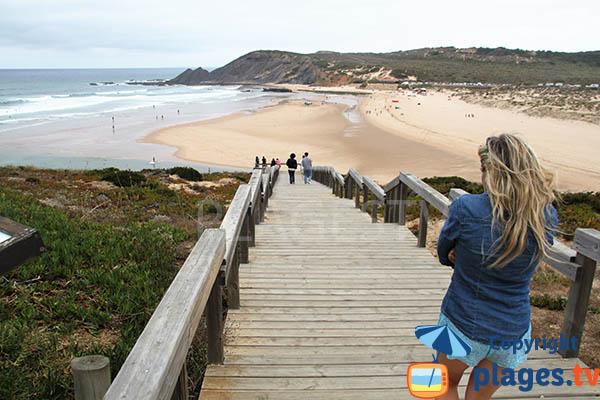 Accès à la plage d'Armoreira do Mar - Aljezur - sud du Portugal