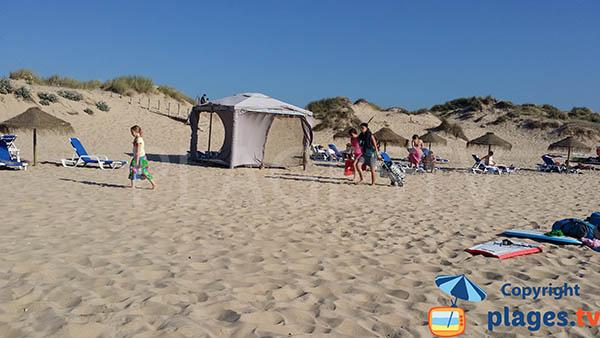 Massage sur la plage d'Armoreira do Mar - Aljezur