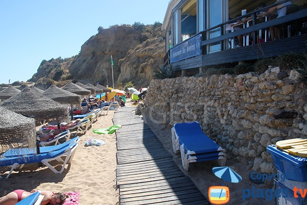 Restaurant sur la plage Aveiros à Albufeira - Portugal