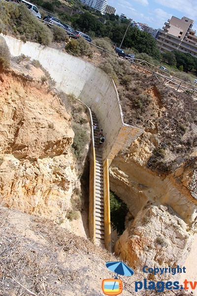 Escaliers d'accès à la plage de Careanos - Portimao