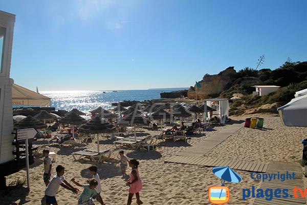 Plage privée sur la plage de do Evaristo - Albufeira - Portugal