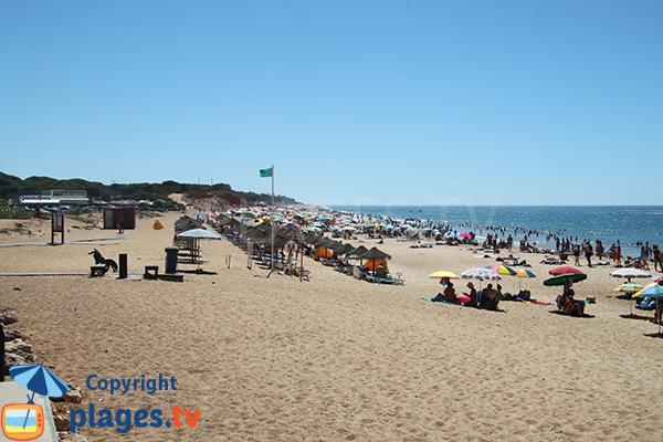 Photo de la plage de Forto Novo à Quarteira au Portugal