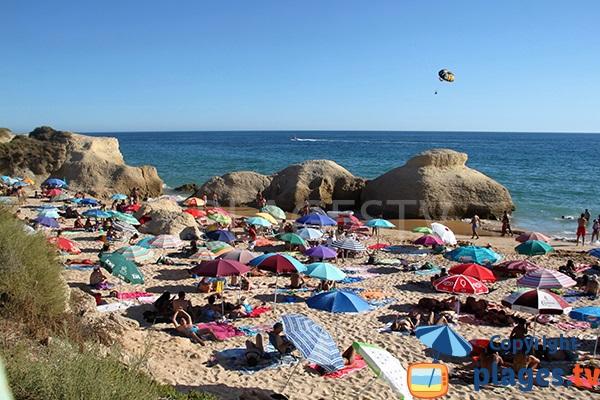 Belle plage à Albufeira - Galé
