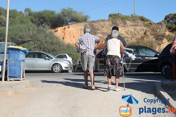 Parking de la plage de Galé à Albufeira