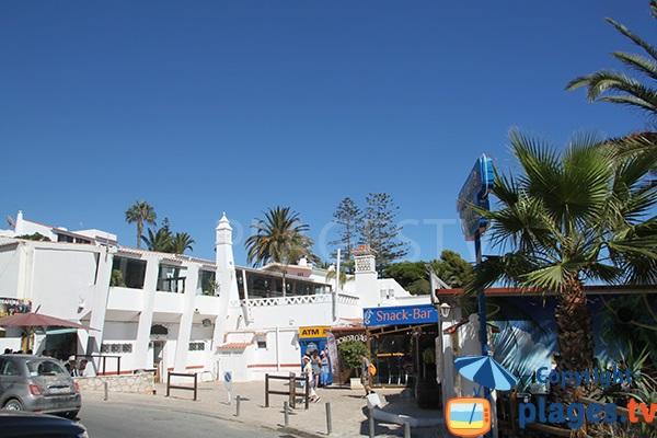 Restaurants autour de la plage d'Oura à Albufeira - Portugal
