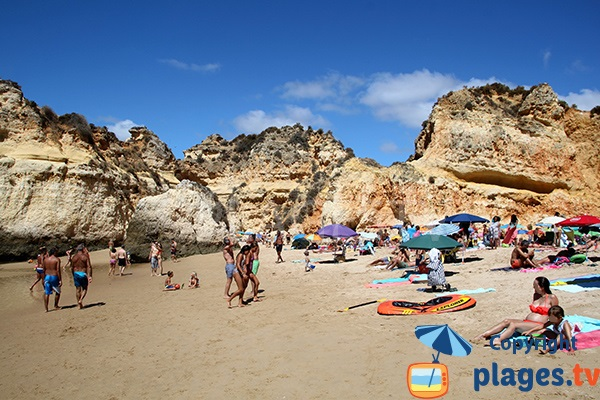 Photo de la plage de Prainha au Portugal à Portimao