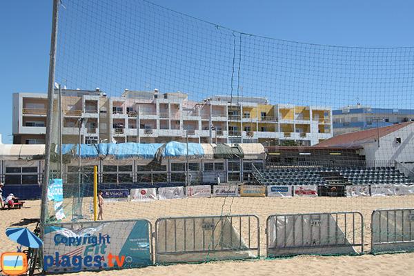 Terrain de beach soccer sur la plage de Rosa Branca à Quarteira