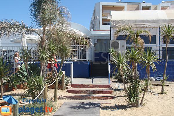 Restaurant sur la plage de Rosa Branca à Quarteira