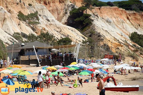Falaises de la plage de Santa Eulalia - Portugal