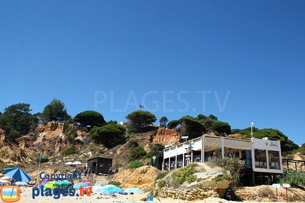 Restaurant panoramique sur la plage de Santa Eulalia à Albufeira - Portugal