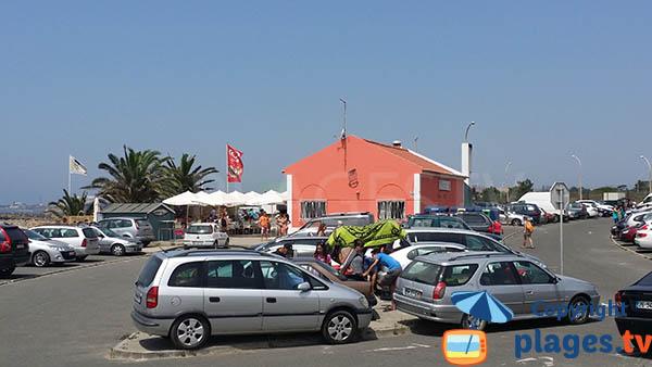 Parking de la plage de Sao Torpes - Sines