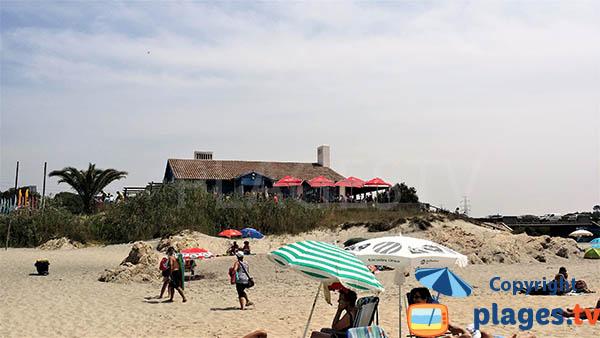 Restaurants autour de la plage de Sao Torpes à Sines - Portugal