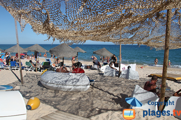 Location de matelas sur la plage de Terra Estreita à ilha de Tavira - Portugal