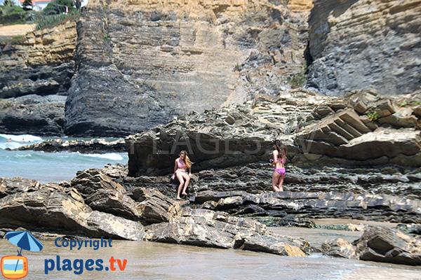 Rochers sur la plage de Zambujeira do Mar