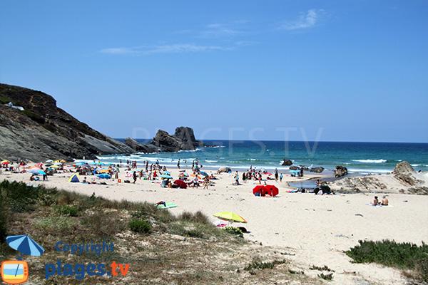 Photo de la plage de Zambujeira au Portugal