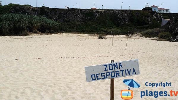 Aire de jeux sur la plage de Porto Covo